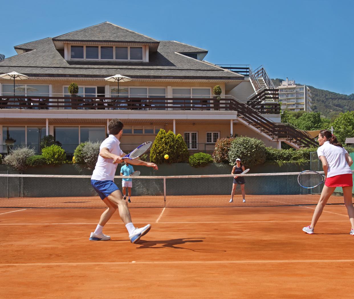 Cours de Tennis Débutant / Beginners (€)